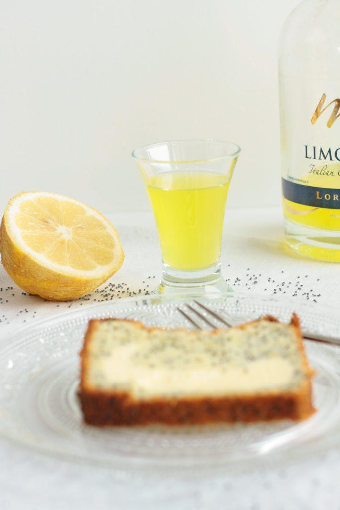 Zitronenkuchen Mohn Käsekuchen Zitronen Rührteig Kastenkuchen saftig krimiundkeks