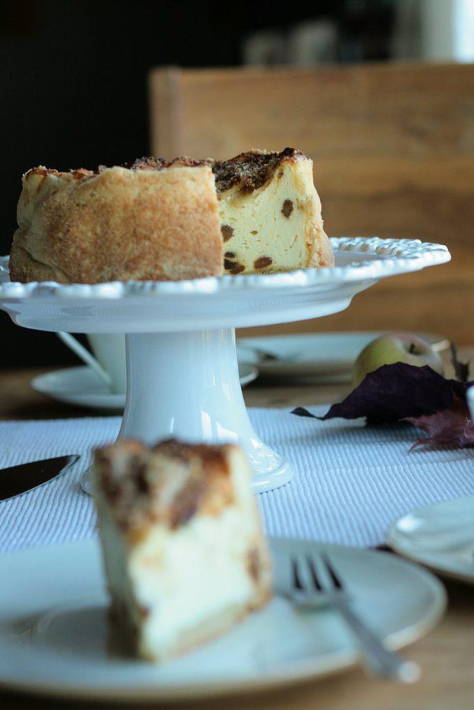 Käsekuchen Apfelkuchen Apfel-Käsekuchen krimiundkeks Mürbeteig Rosinen Quark