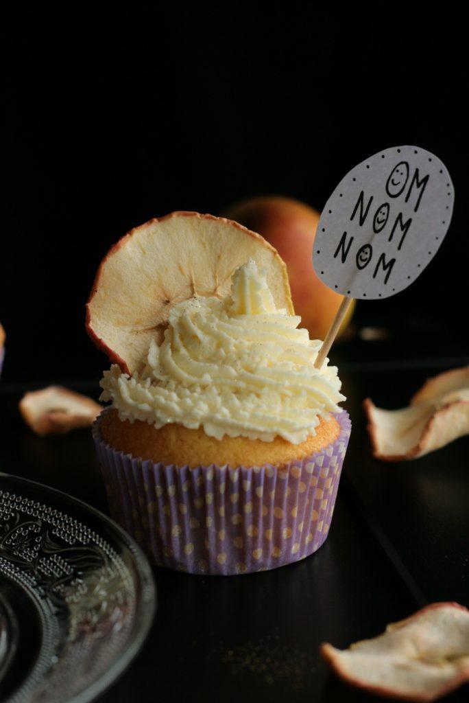Cupcakes Apfelmus Eierlikörkuchen Eierlikör Schweden-Eisbecher Muffins Frischkäse krimiundkeks
