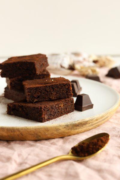 Brownies Brownie Schokolade Schokobrownie Zartbitter Amaretto Amarettini Mandeln Italien krimiundkeks