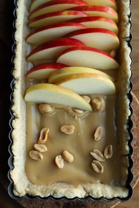 Apfeltarte Salzkaramell Äpfel Erdnüsse Apfelkuchen Mürbeteig Applecake appletarte Karamell krimiundkeks