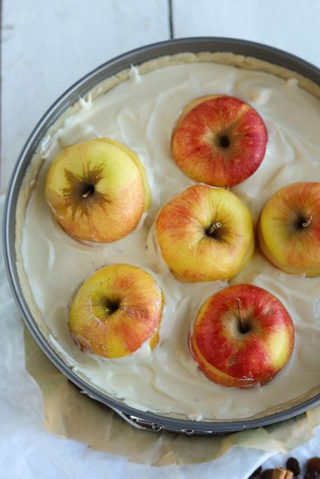 Käsekuchen Bratapfel-Käsekuchen Bratapfelkuchen Äpfel Apfelkuchen Quark Mürbeteig Rosinen applecake cheesecake krimiundkeks