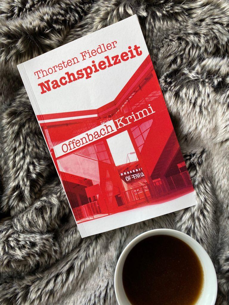 Thorsten Fiedler Nachspielzeit MainBook Verlag Offenbach Krimi Rezension krimiundkeks