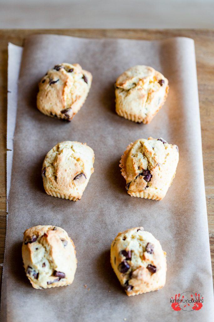 Backen für Ostern Osterrezept Eielikör Rührteig Schokolade Muffins Mini-Kuchen Mini-Eierlikör-Schokokuchen krimiundkeks