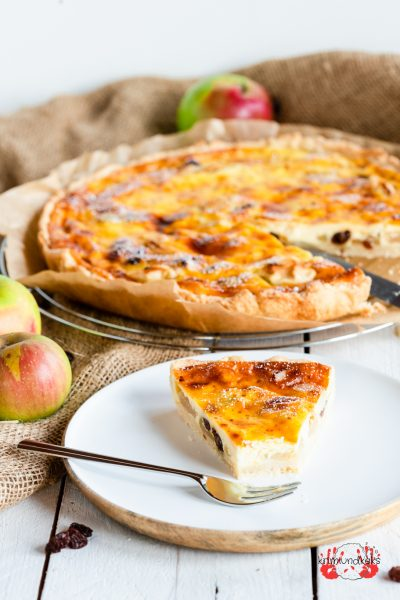 Apfel-Schmandkuchen Apfelkuchen Apfel Äpfel Mürbeteig Herbst Rosinen Schmand Schmandkuchen krimiundkeks