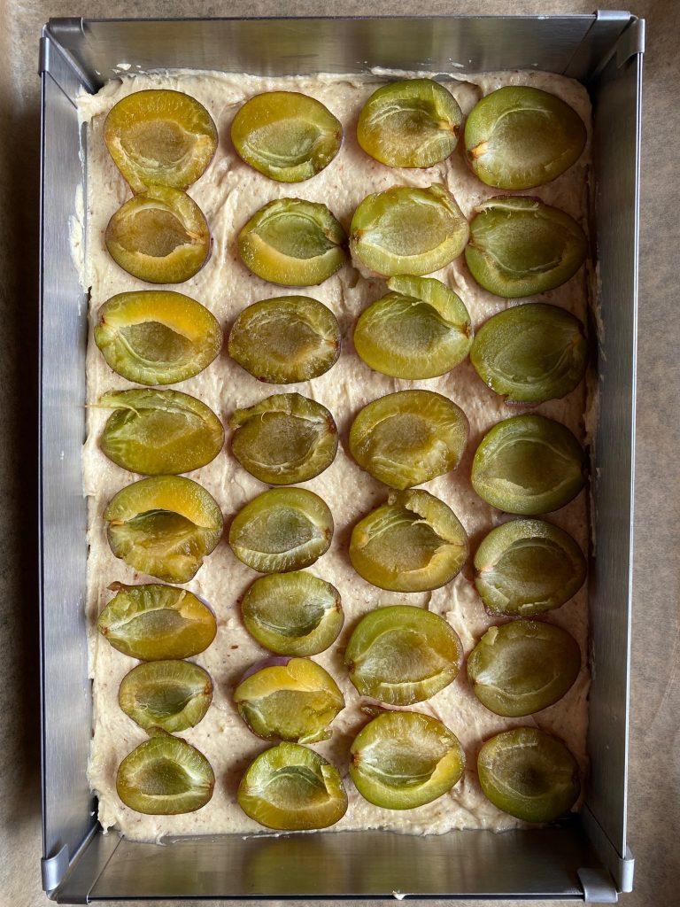 Zwetschgenkuchen mit Zimtstreuseln Zimt Zwetschgen Zwetschgenkuchen Rührkuchen Streusel Pflaumen krimiundkeks Amaretto