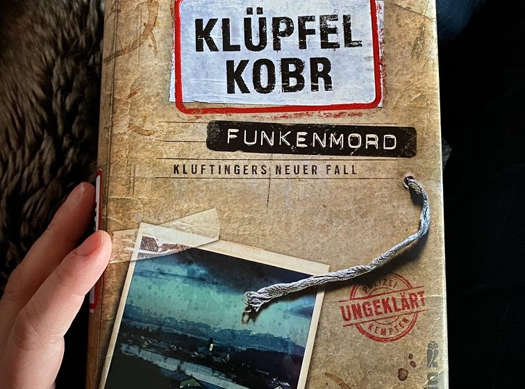 Kluftinger Klufti Klüpfel Kobr Allgäu krimiundkeks Rezension