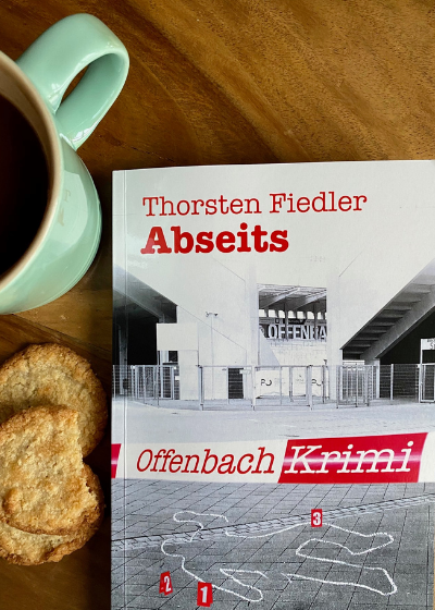 Abseits Thorsten Fiedler Mainbook Verlag Offenbach Krimi Rezension krimiundkeks