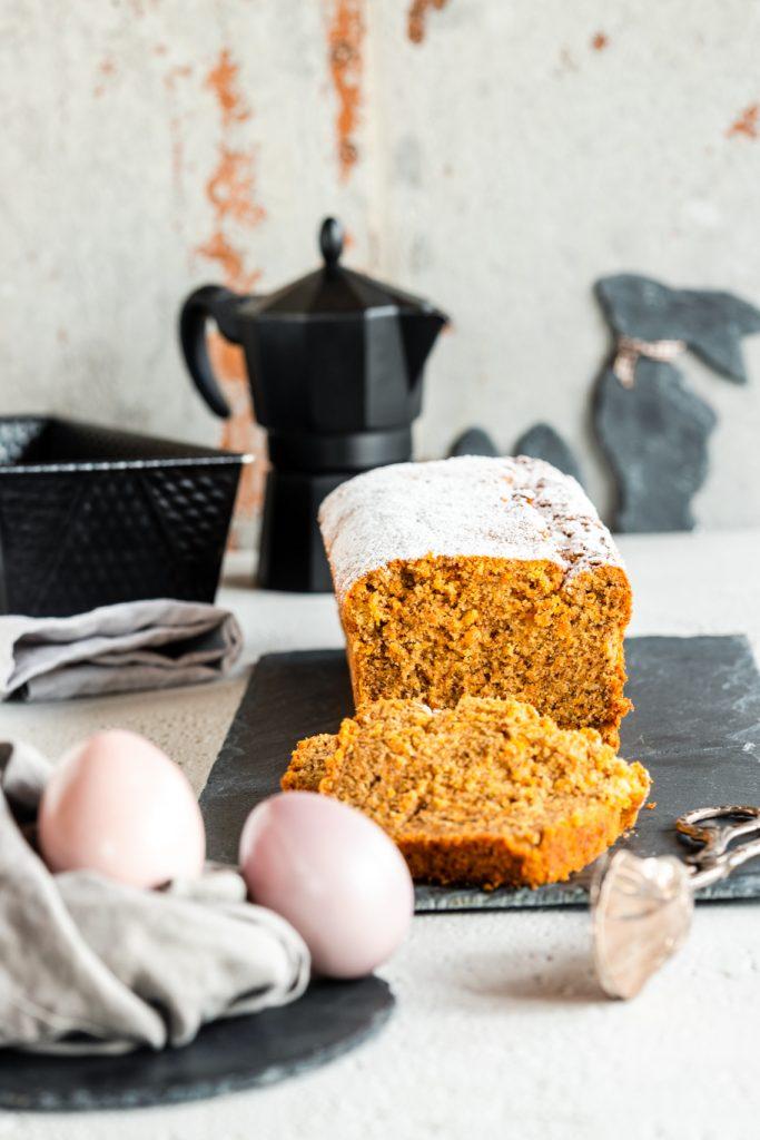 Möhren-Eierlikör-Kuchen Ostern Backen für Ostern Rührkuchen Walnüsse Eierlikör Möhren Osterkuchen Kastenkuchen krimiundkeks