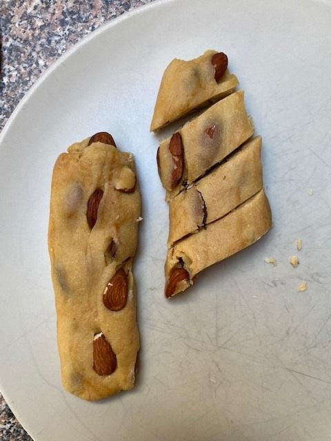Honig Cantuccini Mandeln Weltbienentag Honig-Cantuccini Dolci Kekse Rauchmandeln krimiundkeks